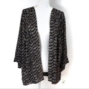 T457 New York Collection NWT Dressy Cardigan M